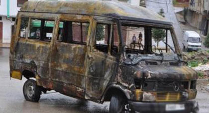 حريق مهول يلتهم سيارة للنقل المدرسي بإقليم الدريوش