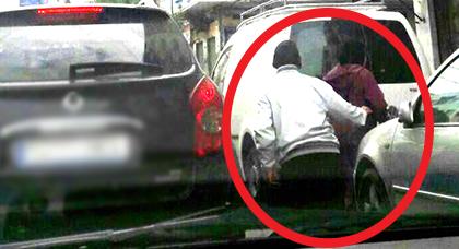 عدسة أحد المواطنين ترصد محاولة لصّ خطف حقيبة يدوية لسيدة وسط الشارع العمومي بالناظور