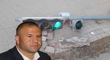 حوليش: نقوم بإصلاح إشارات المرور ومجهولون يقومون بتخريبها.. وهذا ما يطالبه من المواطنين