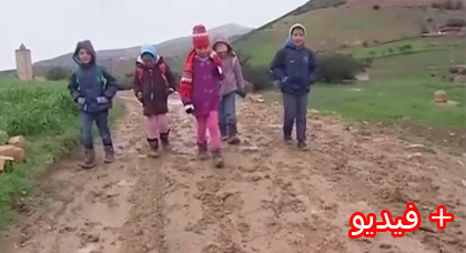 روبرطاج حول معاناة ساكنة جبال الريف مع برودة الطقس وغياب وسائل التدفئة