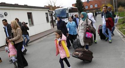 ميركل تنصح اللاجئين بالعيش في ريف ألمانيا لهذا السبب