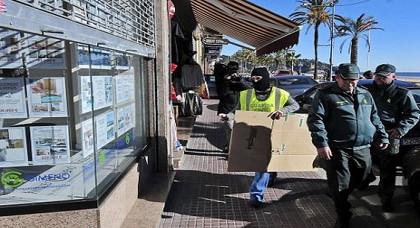 مغاربة يتورطون في شبكة لترويج المخدرات بإسبانيا