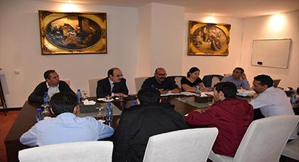 إلياس العماري يعقد لقاء مع ممثلي جمعية المعطلين فرع الحسيمة