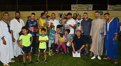فريق أصدقاء بني أنصار يتوج بلقب دوري رمضان لكرة القدم المصغرة بالناظور