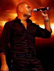 الفنان عمرو دياب دائما فوق المنافسة