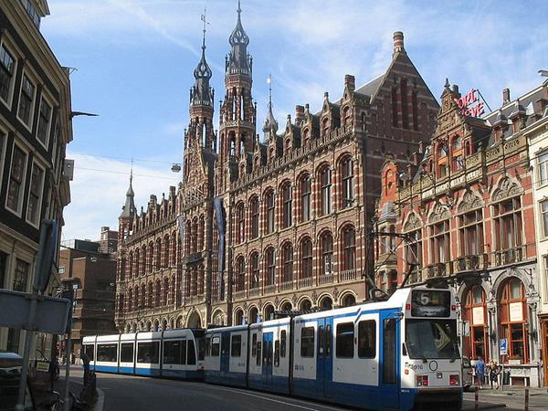 أمستردام ترصد إمكانات ضخمة في برنامجها للتوأمة مع مدن العالم بينها المغرب