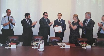 الحكومة الكتالونية توشح صدر القنصل العام للمملكة المغربية ببرشلونة سليل إقليم الناظور يسير فارس