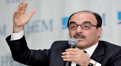 العماري.. المغرب يعيش أزمة خانقة والحل ليس بالضرورة عبر تحقيق المطالب