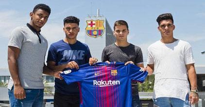 """ابن الناظور """" محمد الزفراني"""" يلتحق رسميا بصفوف نادي برشلونة الاسباني"""