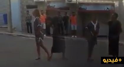 مسيرة 20 يوليوز.. سائحة فرنسية غاضبة على رجال الأمن بعد إصابتها باختناق بسبب الغازات المسيلة للدموع