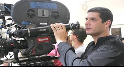 """عيوش المشهور بفيلم """"الزين لي فيك"""" يقحم حراك الحسيمة في فليم سينمائي جديد"""