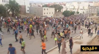 """قوات الامن تطارد متظاهرين في الشوارع والأزقة بعد منعها لمسيرة """"الوفاء"""" بإمزورن"""