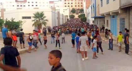 """بلعلي : ابتدائية الحسيمة تتابع قاصرين بسبب """"تدوينات فايسبوكية"""" تؤيد حراك الريف"""