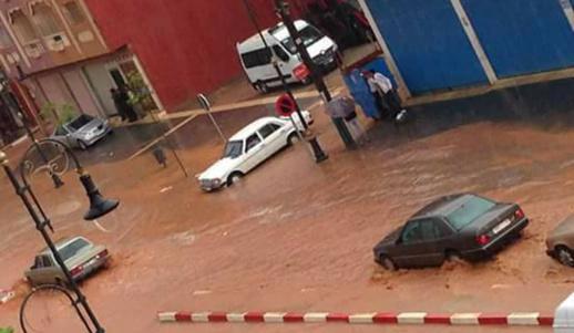 جماعة بني بوعياش تستنفر عمالها لإنقاذ المدينة من الغرق