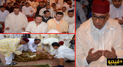 عامل الإقليم يتقدم المئات من سكان الدريوش خلال صلاة عيد الأضحى بالمسجد الأعظم