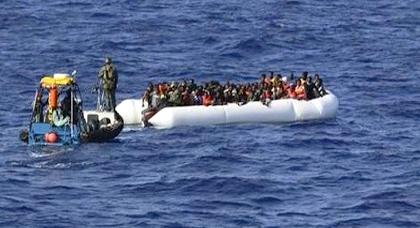 البحرية الملكية تعترض قاربا للمهاجرين على متنه 50 شخصا قبالة سواحل الحسيمة
