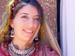 وفاء مراس بطلة غضب المرأة الريفية