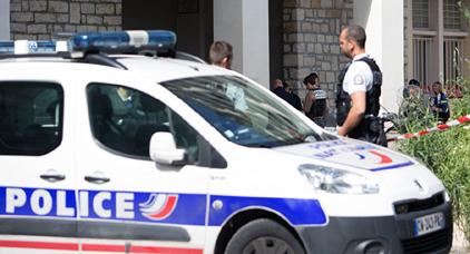 مصرع أسرة من 4 أشخاص بطلقات نارية داخل محطة للقطارات بفرنسا