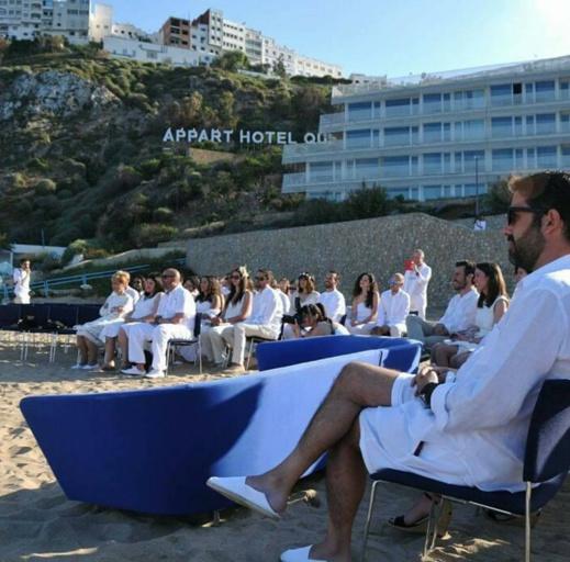 بالصور.. حفل زفاف بشاطئ كيمادو بالحسيمة يبهر رواد مواقع التواصل الإجتماعي