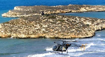 الجيش الاسباني يشرع في بناء مراكز للمراقبة فوق الثغور القريبة من شاطئ الصفيحة بالحسيمة