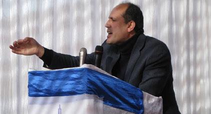 """برلماني الحسيمة """"عمر الزراد"""" ونائبه بجماعة تارجيست يقضيان أول ليلة وراء قضبان السجن"""