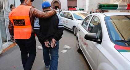 النيابة العامة تستمع لحارس عام بثانوية إعدادية متهم بالتغرير بقاصرات