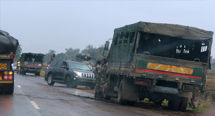 الجيش يستولي على السلطة في هذه الدولة الإفريقية وثلاثة إنفجارات تهز عاصمتها