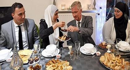 """بلجيكا : الإمام المغربي""""خالد بنحدو"""" يتوج بجائزة حقوق الإنسان"""