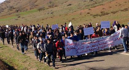 أشكال إحتجاجية متنوعة بكل من الحسيمة وامزورن وتماسينت للمطالبة باطلاق سراح المعتقلين