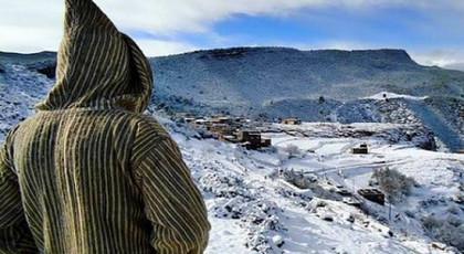 الأرصاد الجوية.. تساقطات ثلجية وطقس بارد غداً الخميس في قمم أقاليم الريف