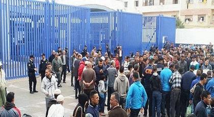 الحكومة الإسبانية تتدارس إمكانية منع الناظوريين من الدخول إلى مليلية المحتلة