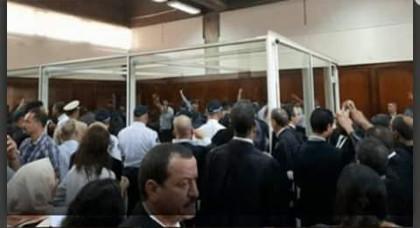 معتقلو حراك الريف يصدحون بشعارات داخل المحكمة والنيابة العامة تنتفض ضدهم