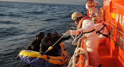 البحرية الاسبانية تنقذ 136 مهاجرا سريا أبحروا من سواحل الحسيمة