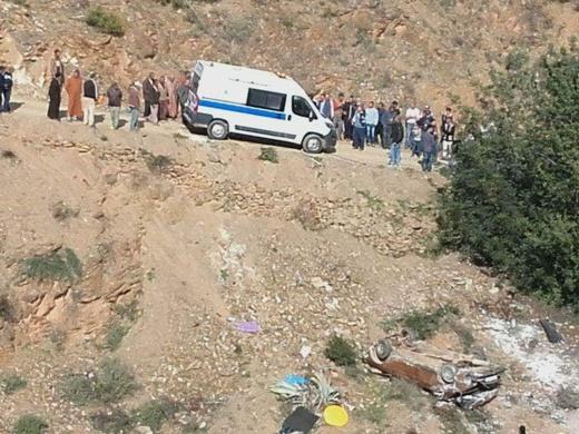 فاجعة.. مصرع ثلاثة أشخاص إثر انقلاب سيارتهم في منحدر جبلي عميق نواحي الدريوش