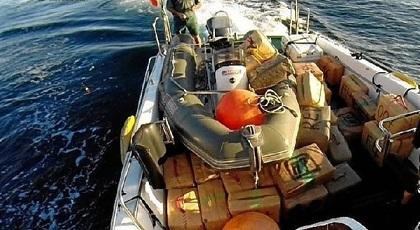 معطيات تكشف وجود مصانع خاصة بالقوارب السريعة لتهريب الحشيش من المغرب
