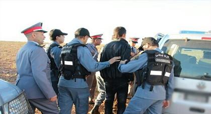 القبض على دركي يتزعم عصابة إجرامية اعتدت على بزناس من أجل السرقة
