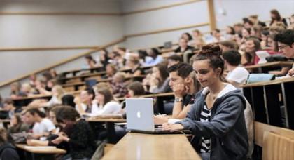 فرصة للطلبة والتلاميذ المغاربة.. فرنسا تفتح الباب للدراسة والحصول على منحة تفوق 7000 أورو بهذه الشروط