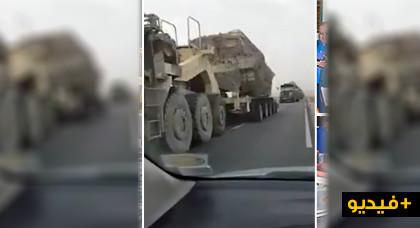شاهدوا..دبابات مغربية ضخمة تتجه إلى الصحراء بعد اختراق البلوليزاريو للمنطقة العازلة