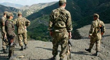 الجزائر تستنفر جيشها على الحدود مع المغرب وتجتمع بقيادات البوليساريو