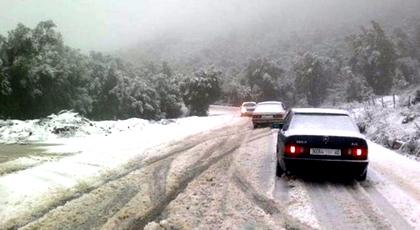 نشرة خاصة: رياح قوية وتساقطات مطرية وثلجية بهذه المناطق ابتداء من اليوم