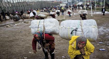 حكومة مليلية المحتلة تنفق 5.4 مليون يورو على بناء مركز لتوزيع السلع في معبر باريوتشينو