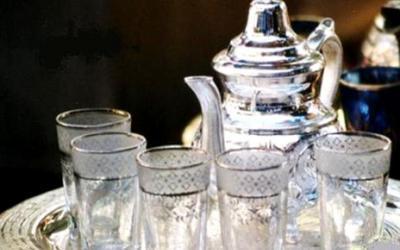 أمريكا تسحب كؤوس الشاي المغربية من السوق وماكدونالدز تسحب 12 مليون كأسا