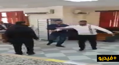 شاهدوا.. فيديو يوثق موظف بالمقاطعة يصفع مواطنة يثير ضجة بمواقع التواصل الإجتماعي