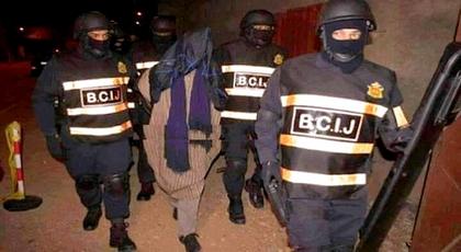 """الدريوش.. عناصر """"البسيج"""" يعتقلون """"داعشيا"""" بعد مداهمة منزله فجرا بمدينة ميضار"""