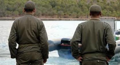 انفراد.. اعتقال عنصرين من القوات المساعدة بالناظور بحوزتهم مبلغ مالي بشبهة تسهيل الهجرة السرية