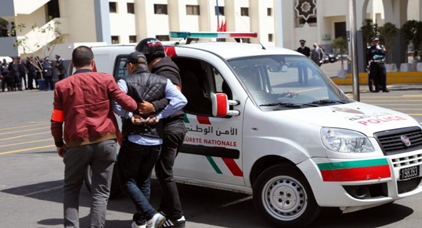 إعتقال ضابط شرطة لتورطه في قضية تتعلق باختلاس أموال عمومية والتزوير