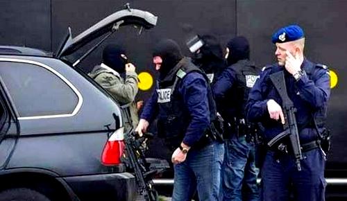 ينحدر من الدريوش.. هذه تفاصيل عن تاجر المخدرات الذي اعتقله الأمن الهولندي وبحوزته مليار ونصف