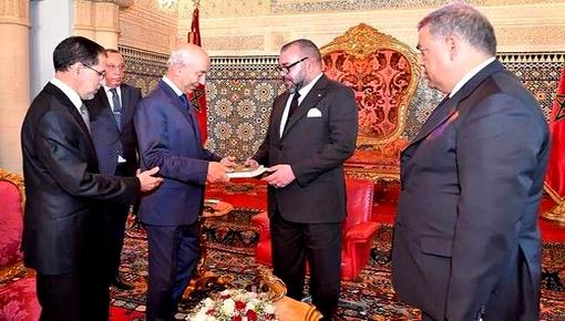 بسبب تعثر مشاريع مهمة.. أنباء عن غضبة ملكية تطال وزراء بحكومة العثماني
