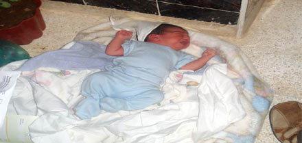 القاء القبض على أم الرضيع المتخلى عنه بزايو