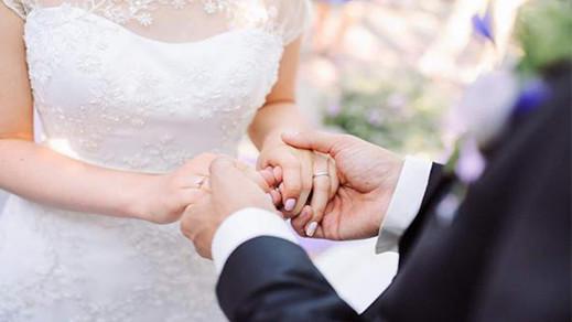"""بسبب طلبه يد ممرضته للزواج.. وزير إسلامي مغربي يثير """"ضجة"""" على الفايسبوك"""
